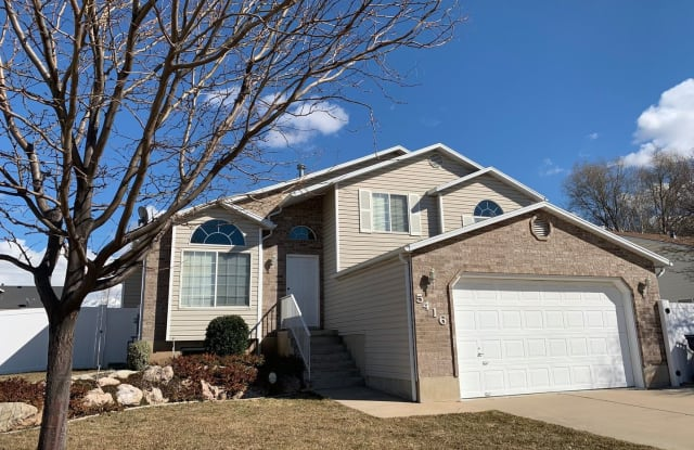 5416 South 3375 West - 5416 South 3375 West, Roy, UT 84067