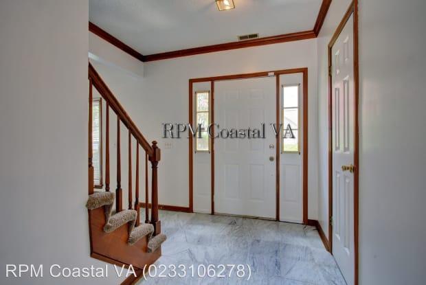 884 Melrose Terrace - 884 Melrose Terrace, Newport News, VA 23608