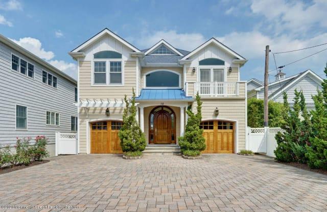 38 Ocean Avenue - 38 Ocean Avenue, Manasquan, NJ 08736