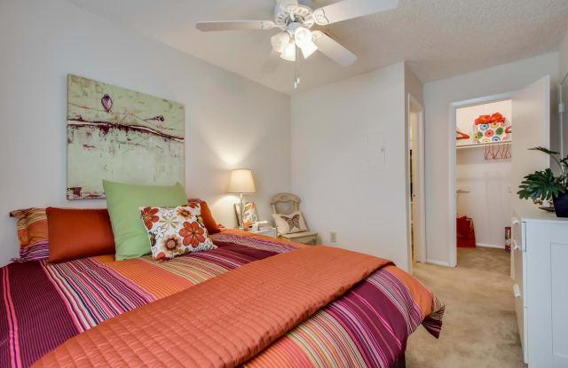 Nichols Park - 5001 Convict Hill Rd, Austin, TX 78749