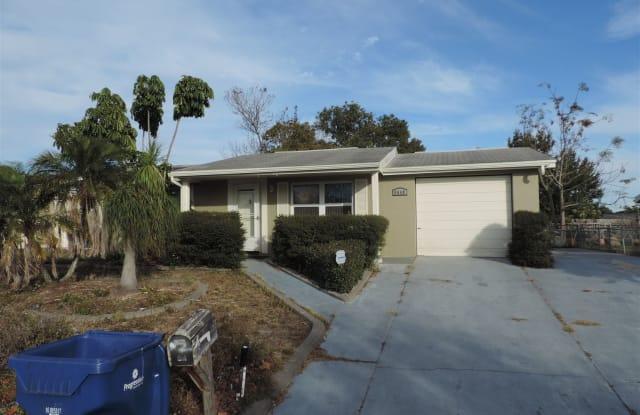 9640 Gray Fox Ln - 9640 Gray Fox Lane, Jasmine Estates, FL 34668
