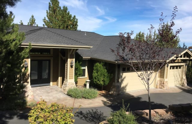 3364 NW Starview Dr - 3364 Northwest Starview Drive, Bend, OR 97703