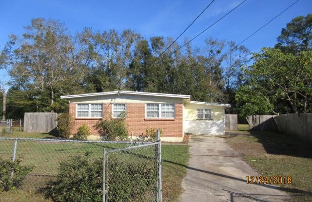 7301 MELVIN CIR E - 7301 Melvin Cir N, Jacksonville, FL 32210
