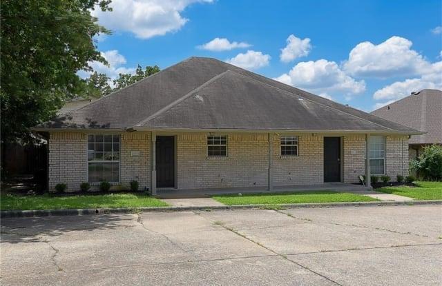 1205 Webhollow - 1205 Webhollow Circle, Bryan, TX 77801