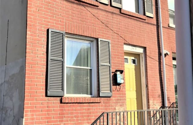 121 E VINE ST - 121 East Vine Street, Lancaster, PA 17602