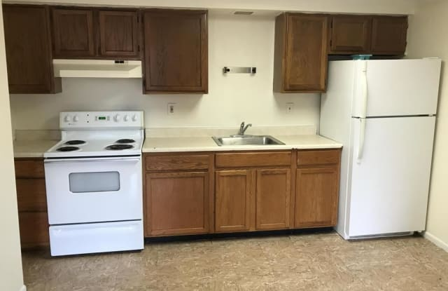 305 Bessemer Ave Unit 3B - 305 Bessemer Ave, East Pittsburgh, PA 15112