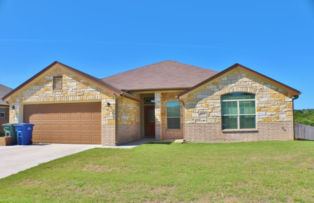 2009 Lindsey Dr - 2009 Lindsey Drive, Copperas Cove, TX 76522