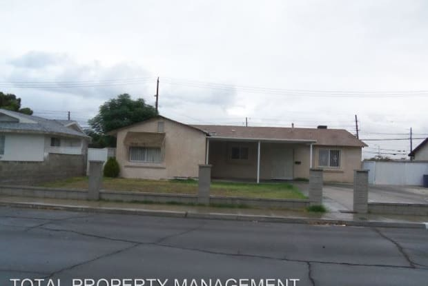 5192 TREASURE AVE - 5192 Treasure Avenue, Sunrise Manor, NV 89122