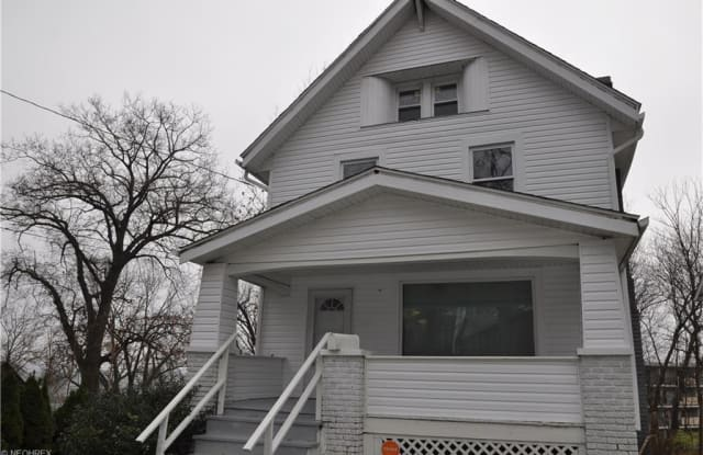 810 Vernon Odom Blvd - 810 Vernon Odom Boulevard, Akron, OH 44307