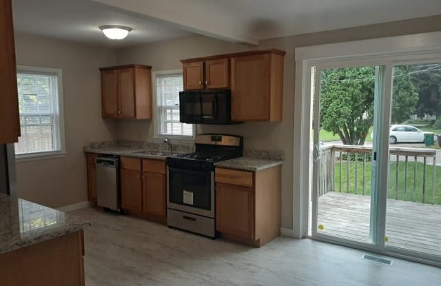 3419 Grimes Ave N - 3419 Grimes Avenue North, Robbinsdale, MN 55422