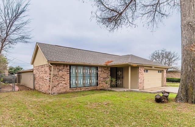508 Runstone Drive - 508 Runstone Drive, Irving, TX 75060