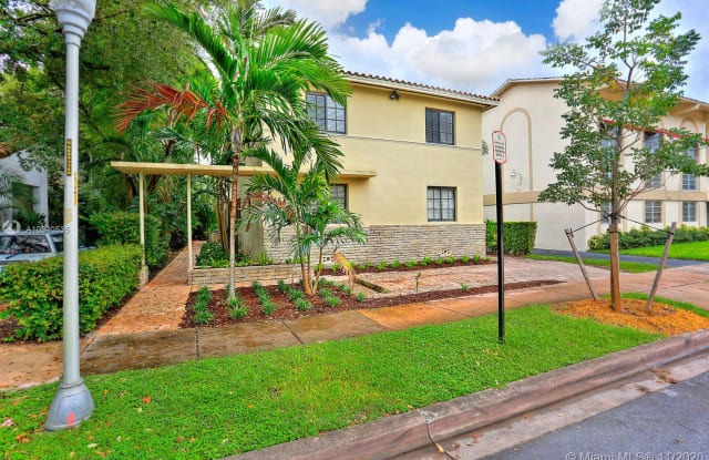 226 Antiquera Ave - 226 Antiquera Avenue, Coral Gables, FL 33134