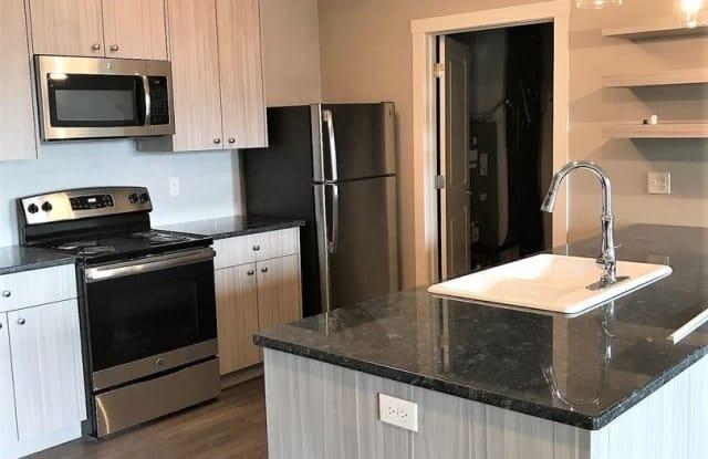 Dewey 3700 Apartments - 3817 Dewey Avenue, Omaha, NE 68105