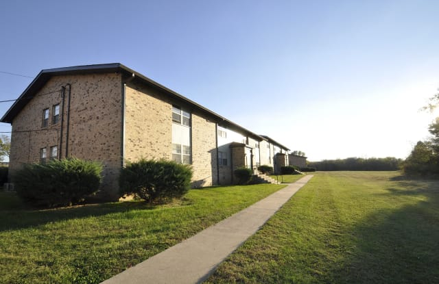 Eagle Crossing - 3000 Calvin Drive, Hopkinsville, KY 42240