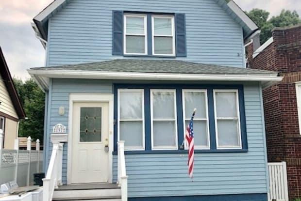 197 FRANKLIN ST - 197 Franklin Street, Secaucus, NJ 07094