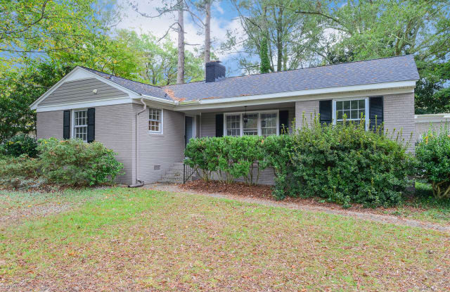 1725 Beaumont Drive - 1725 Beaumont Drive, Greenville, NC 27858