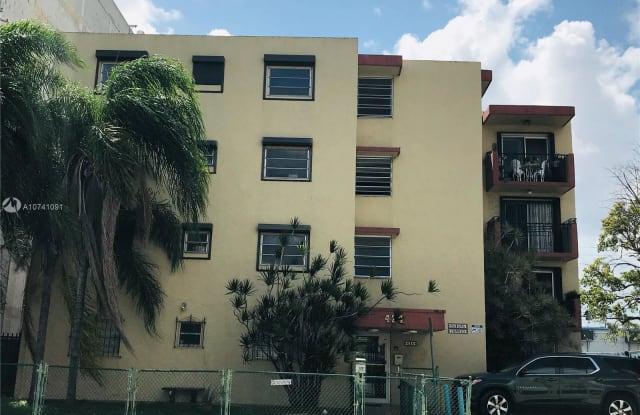 424 SW 7th St - 424 Southwest 7th Street, Miami, FL 33130