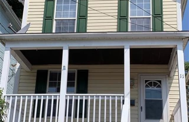 11 E Pitt St - 11 East Pitt Street, Canonsburg, PA 15317
