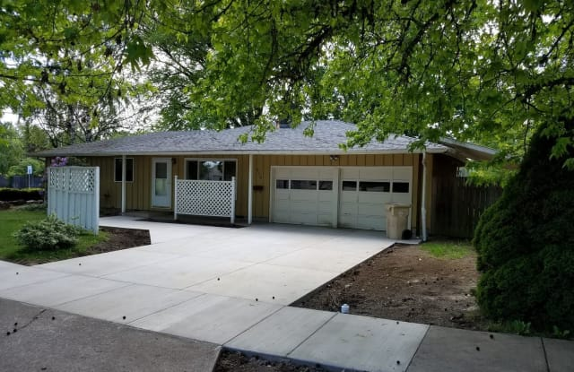 2110 NW 13th St. - 2110 Northwest 13th Street, Corvallis, OR 97330