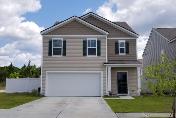 145 Davila Street - 145 Davila Street, Hinesville, GA 31313