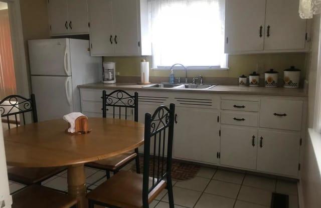 103 Worthington Ave - 103 Worthington Avenue, New Castle Northwest, PA 16105