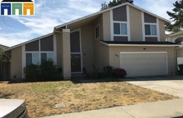 109 Ironwood Ct - 109 Ironwood Court, Hercules, CA 94547