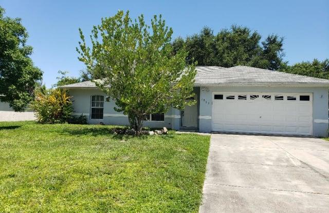 1832 SW 10th Terrace - 1832 Southwest 10th Terrace, Cape Coral, FL 33991