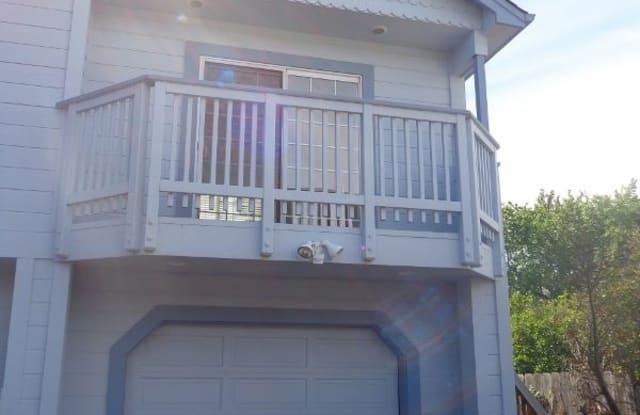 302 Hanover St - 302 Hanover Street, Santa Cruz, CA 95062