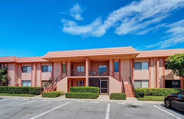 231 Lakeview Drive - 231 Lakeview Drive, Weston, FL 33326