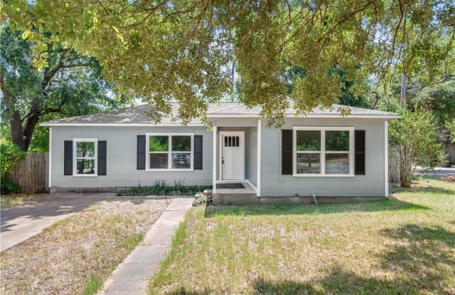 401 Dunn Street - 401 Dunn Street, Bryan, TX 77801