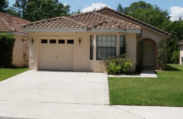 518 Via Del Oro - 518 Via Del Oro Drive, Altamonte Springs, FL 32714