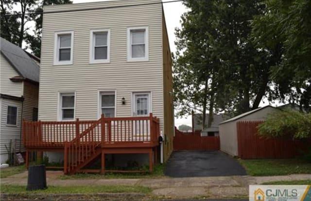 42 Larch Street - 42 Larch Street, Carteret, NJ 07008