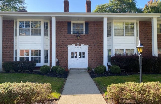 2888 Pease Dr Apt 109B - 2888 Pease Drive, Rocky River, OH 44116