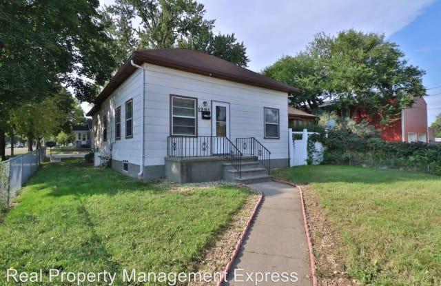1231 E 6th Street - 1231 East 6th Street, Sioux Falls, SD 57103