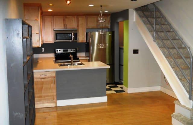 1000 Bellevue Pl E #2 - 1000 Bellevue Place East, Seattle, WA 98102