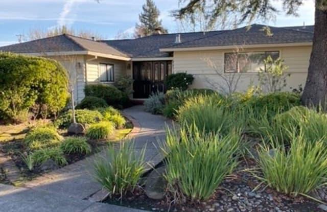 473 Chase Street - 473 Chase Street, Sonoma, CA 95476