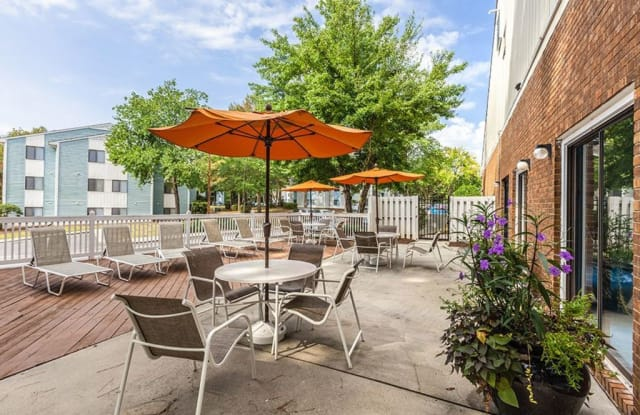 West End Flats - 200 Hwy. 54 By-Pass, Carrboro, NC 27510