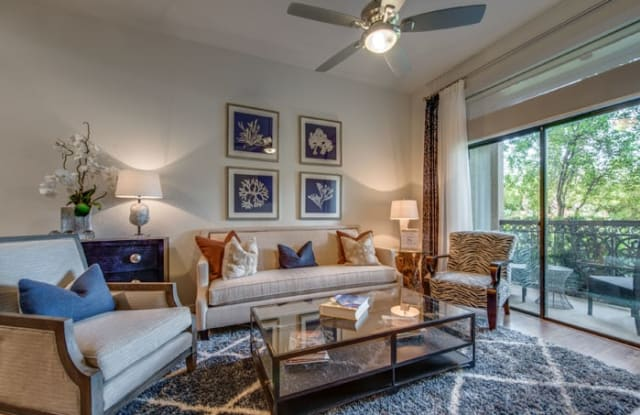 The Grove at Wilcrest - 11070 Katy Fwy, Houston, TX 77043
