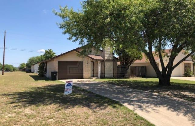 2101 Creekwood Dr - 2101 Creekwood Drive, Killeen, TX 76543