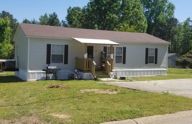 Russell Village - 478 East Midland Avenue, Winder, GA 30680