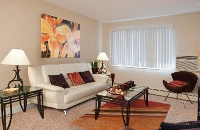 The Emory Apartments - 930 N Murray Blvd, Colorado Springs, CO 80915