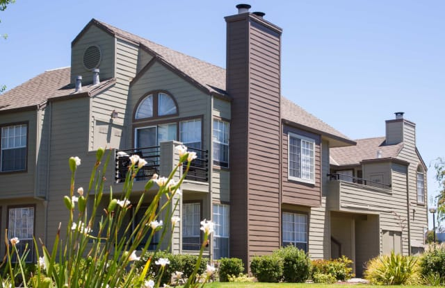 Schooner Bay Apartment Homes - 300 Timberhead Ln, Foster City, CA 94404