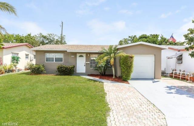 872 SW 62nd Avenue - 872 Southwest 62nd Avenue, North Lauderdale, FL 33068