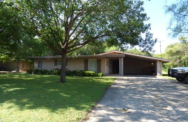 106 Oakhurst Pl - 106 Oakhurst Place, San Antonio, TX 78209