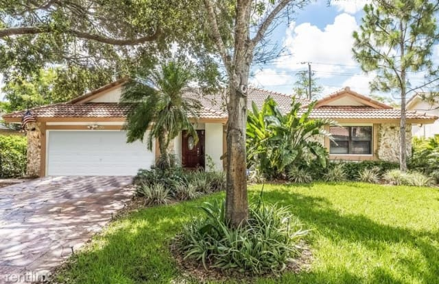 3820 NW 72nd Dr - 3820 Northwest 72nd Drive, Coral Springs, FL 33065