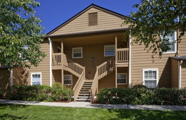 Village at Cascade Park Apartments - 501 SE 123rd Ave, Vancouver, WA 98683
