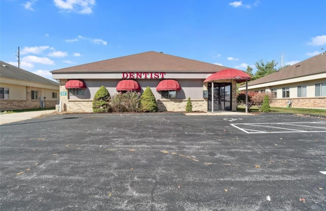2071 Collier Corporate Parkway - 2071 Collier Corporate Parkway, St. Charles, MO 63303