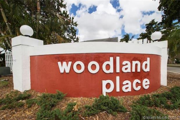 5801 Woodland Point Dr - 5801 Woodland Point Drive, Tamarac, FL 33319