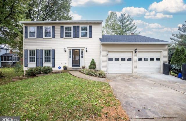 13615 FLINTWOOD PLACE - 13615 Flintwood Place, Franklin Farm, VA 20171