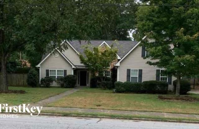 4290 Logan Drive - 4290 Logan Drive, Loganville, GA 30052